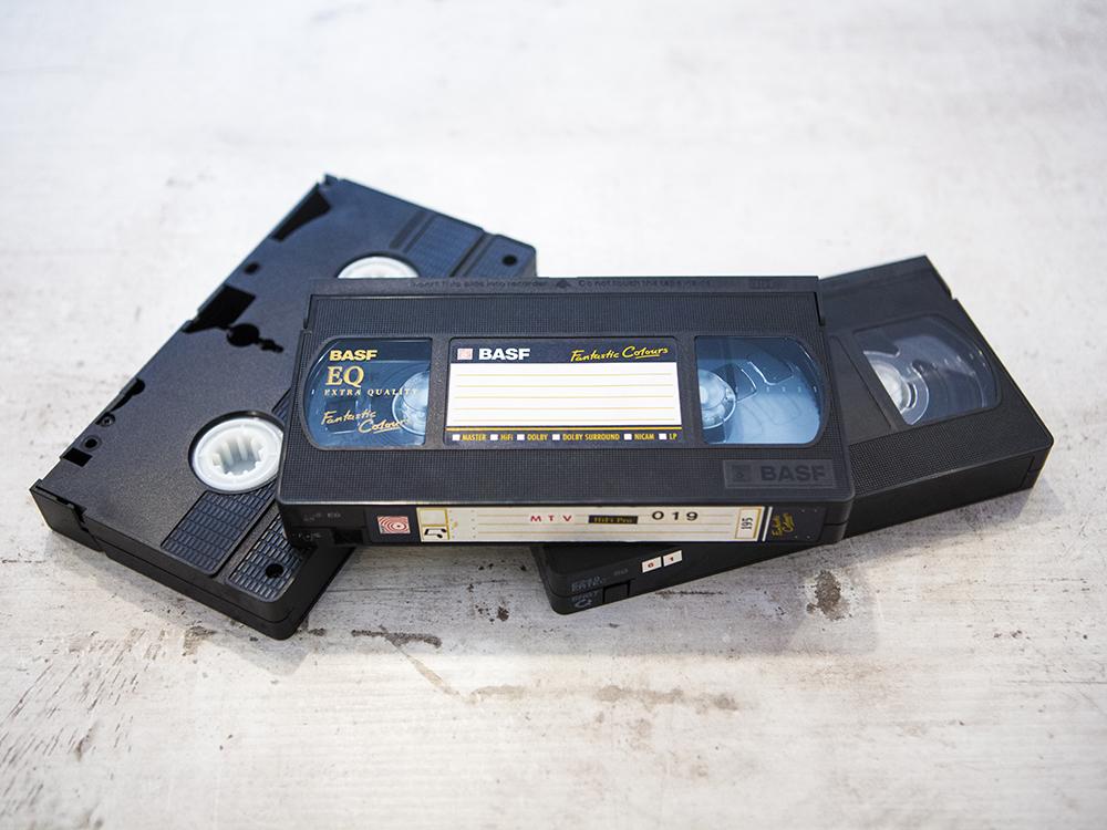 Przegrywanie Kaset Audio VHS Magnetofonowych Video Pracownia fotograficzna Kraków Królewska 7 (2)